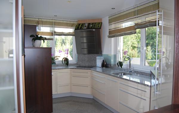 Küche mit Hochglanzfronten